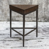 Ingo Triangle Accent Table - LUT5881