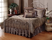 Doheny Bed Set - Queen - w/Rails - THD5704
